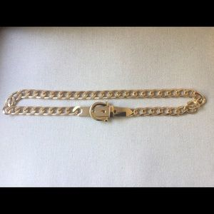 Accessories - Gold chunky chain belt